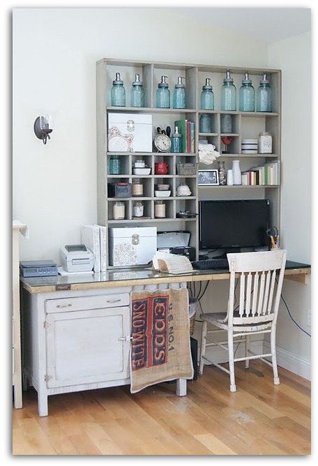 In This Corner Is Heather Andersonu0027s Vintage Home Office That Proves That  With A Little Creativity, Recycled Materials And An Eye For Antiques, ...